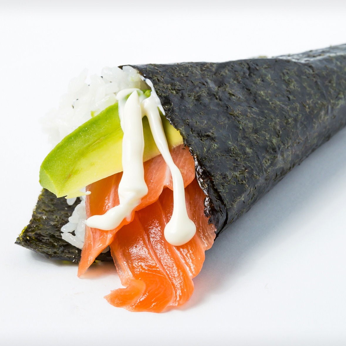 Salmon & Avocdo Hand Roll