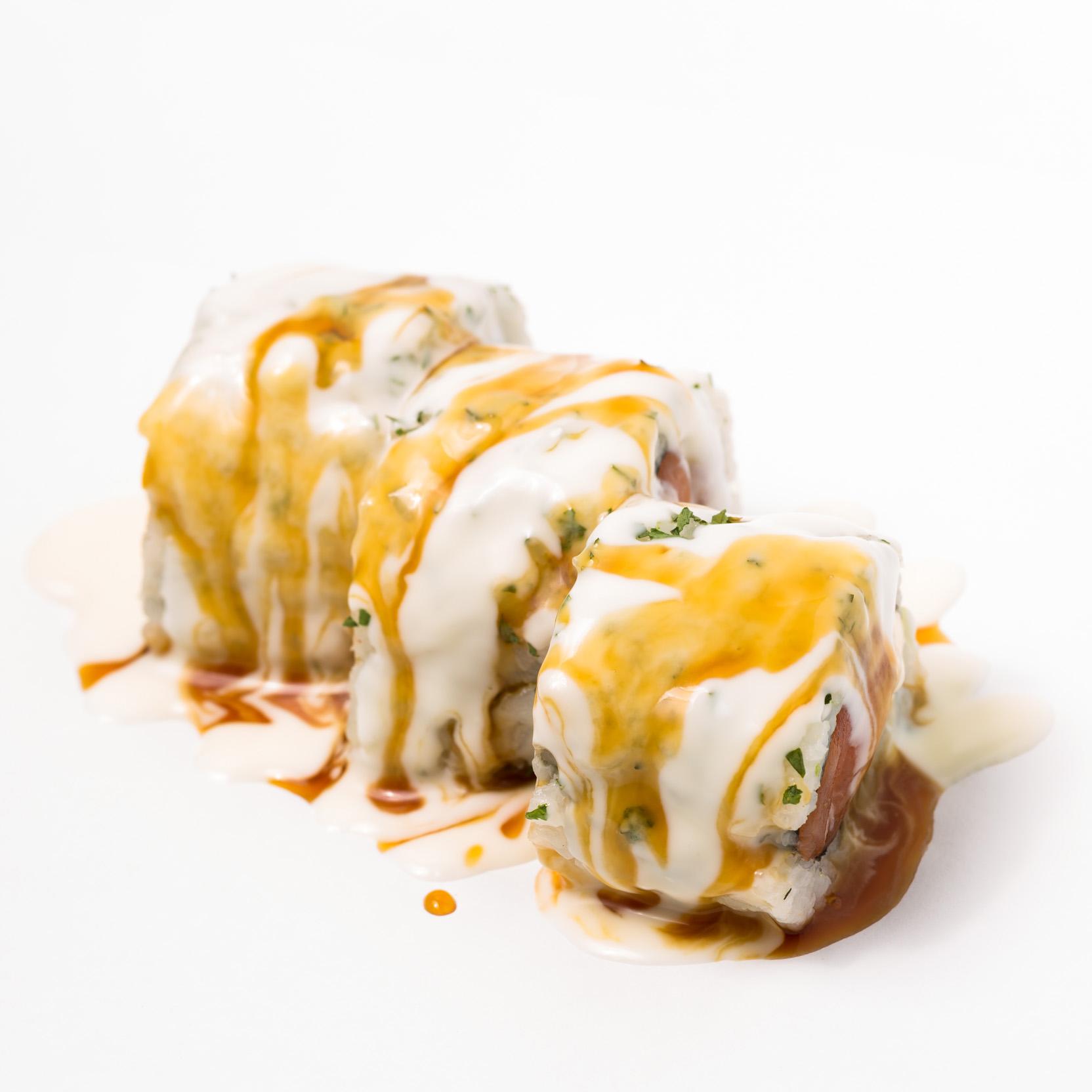 Salmon & Creem Cheese Roll