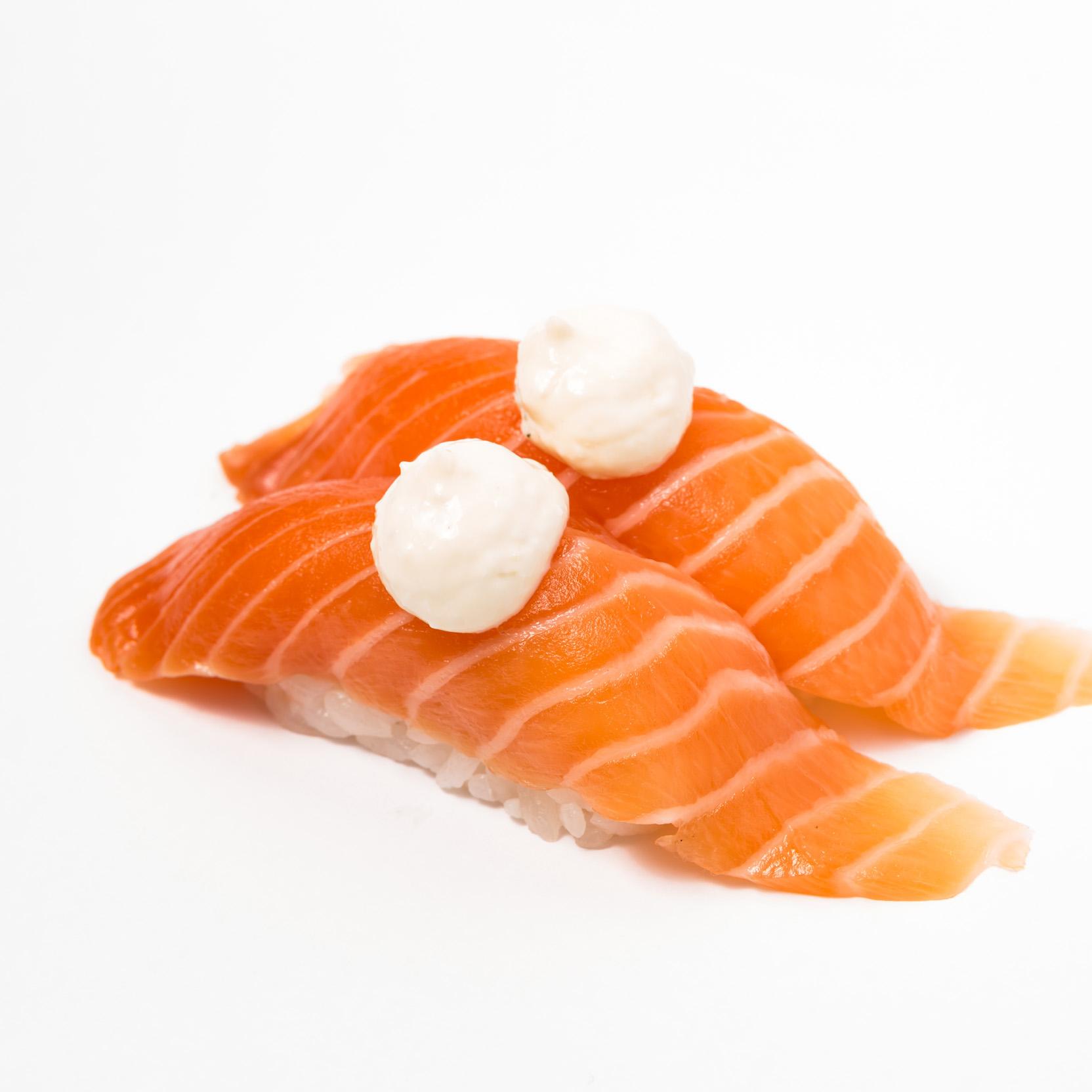 Salmon tartare Nigiri